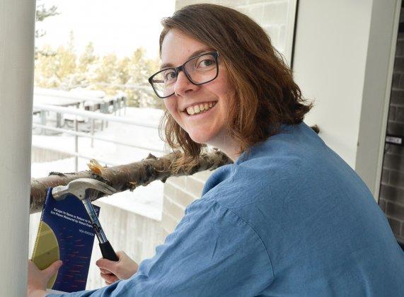 Moa Persson spikat doktorsavhandling och vann pris för bästa poster