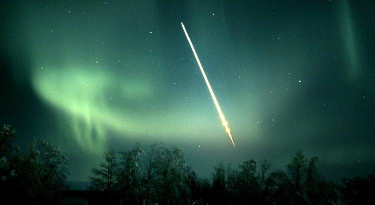 Norrsken_meteor_TorbjornLovgren