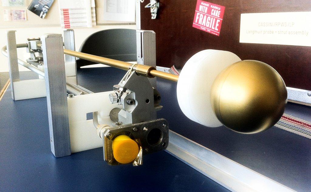 Kopia av IRF:s instrument på Cassini. Foto: IRF